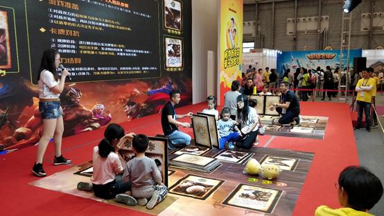 """[资讯] 上海玩具展  《三国杀》""""杀二代""""来啦!"""