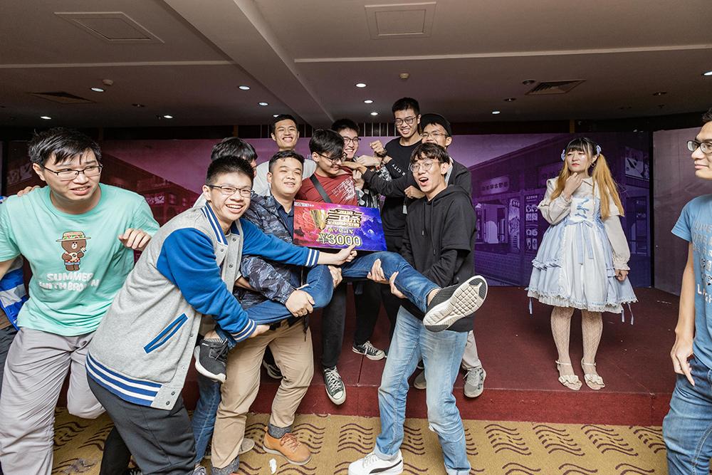 [OL][校园行] 东吴风武汉 美食街南宁 全国高校联赛超会玩
